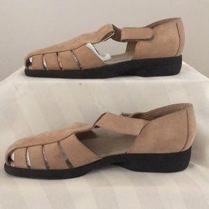 Naturalizer Sandals Sz 8.5N